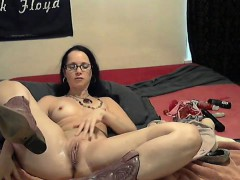 cam-brunette-gets-sexy-together-with-her-games