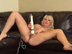 hot-busty-blonde-alana-evans-puts-on-live-masturbation-for-her-cam