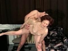 big titted mom loves cock. xxx.harem.pt