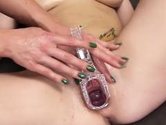 Frisky Czech Girl Opens Up Her Wet Fuckbox To The Bizarre
