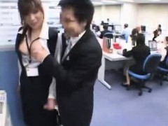 getting-a-handjob-from-the-office-girl