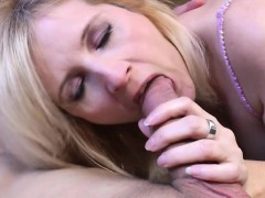 Mature Housewife Gets Fucked By He Ute