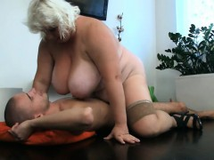 Попки девушек порно видео