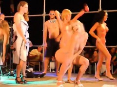 nude-dance-that-is-public
