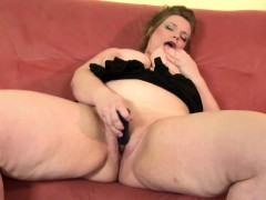 Euro Mumsy With Naughty Huge Body Marth