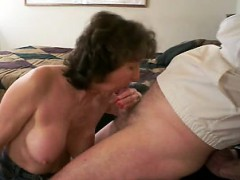 mature-cumshot-stephany