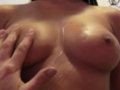 Euro pulled amateur fucked on tanningbed