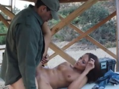 Kinky Amateur Woman Railed By Bp Officer On The Border
