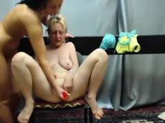 milf-woman-playing-on-camera
