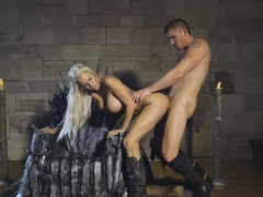 massive-boobs-peta-jensen-pussy-rimmed-by-her-majesty