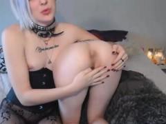 horny-female-slut-has-sexy-time-with-tranny