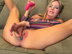 Busty MILF Amber Michaels Solo