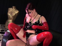 latex-babe-enjoys-a-good-dick-inside-her-pussy