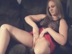 one-legged-woman-pleases-herself