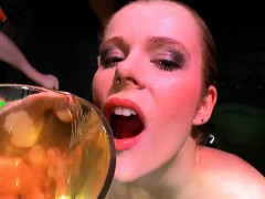 claudia the young extreme piss lover – 666bukkake Bukkake