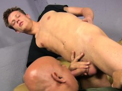 cocksucking-euro-twink-cumspraying-in-mouth