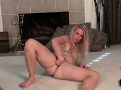 blonde-milfs-shelby-and-amanda-peel-off-their-pantyhose