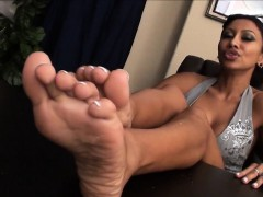 soles-that-are-offiste-show
