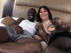amateur-40yr-old-native-american-i-thomasena-from-dates25com