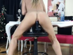 Tasty Blonde On Cam Plays With Sextoy