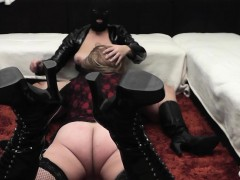 amateur-couple-plays-with-t-girls-and-crossdressers