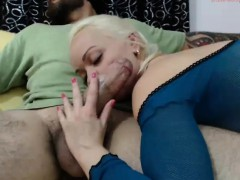fitness-coach-with-big-cock-bangs-blonde