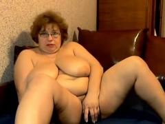 Mega Bra Mature on Webcam