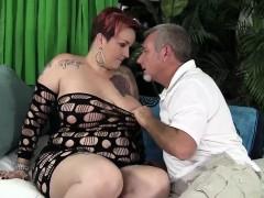 chubby-mom-selenda-white-takes-fat-cock
