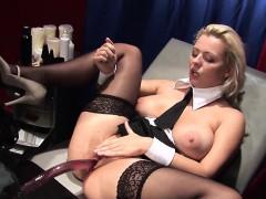 taranee-devil-loves-to-be-the-obedient-little-slut-she-is