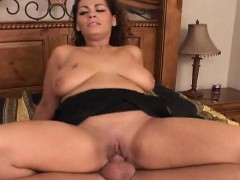 chubby-playgirl-with-big-natural-tits-moans-hard-riding-wang