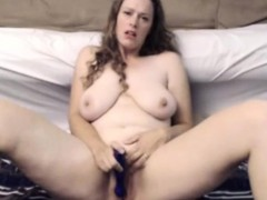 busty-milf-ramming-her-pussy-with-toy