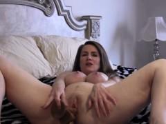f60-big-boobs-hot-natural-mature