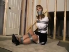 housewife-in-basement