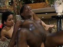 african sluts sharing big white schlong in threeway