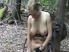 amateur-girlfriend-loves-butt-fingering-in-pov-video