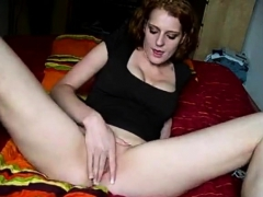 Dirty Girl Masturbating Pussy On Webcam