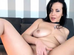 very-sweet-camslut-on-live-cam