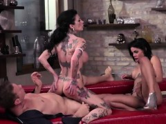 tattooed-woman-megan-t-and-colombian-cutie-canela-a2m