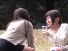 japanese-slut-seen-peeing