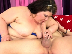 chubby-tart-sucks-a-dick-and-takes-it-in-her-cunt