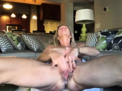 Old Big Cunt Masturbating