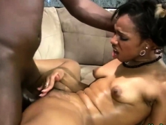 Ebony Oils Up For A Good Fuck