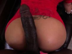 blonde-capri-sucks-lexington-huge-cock