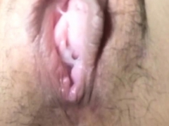 asian-ho-pees-on-spycam