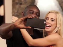 Black4k. The Best Selfie Ever!