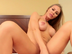nicole aniston makes sure her muffin powers make your cock