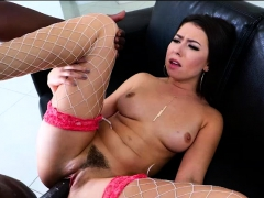 melissa-moore-gets-her-pussy-penetrated-by-lexingtons-bbc