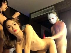 threesome-with-ladyboys-enjoy-and-namwan