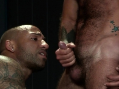 hairy-hunks-3way-fucking