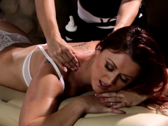 redhead masseuse gets orally pleased – Free XXX Lesbian Iphone